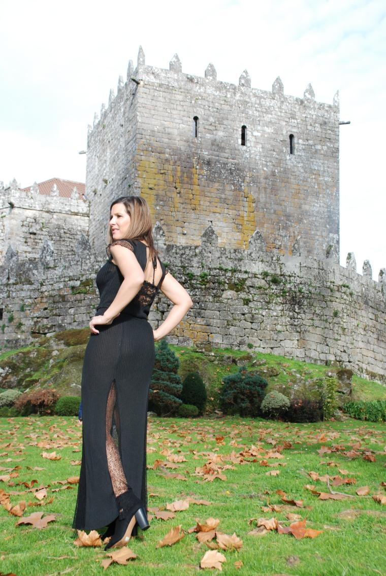 look-fiesta-vestido-negro-blogger-mamisweet