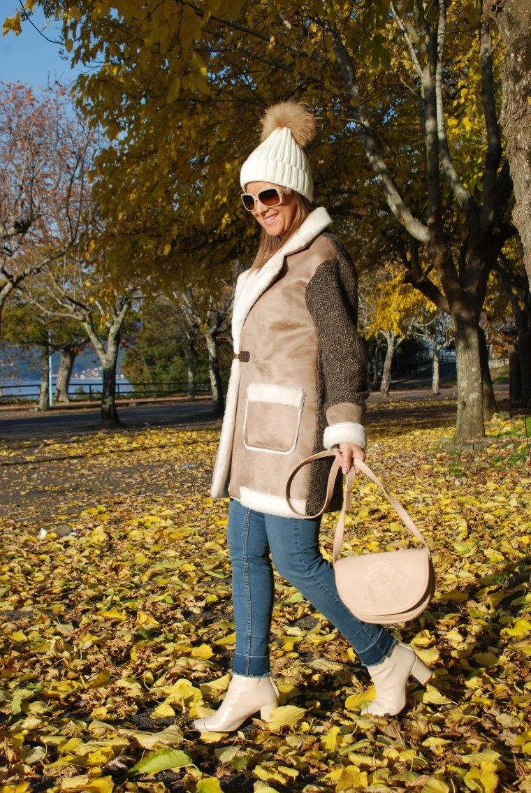 abrigo-pelo-beis-otoño-blogger-moda