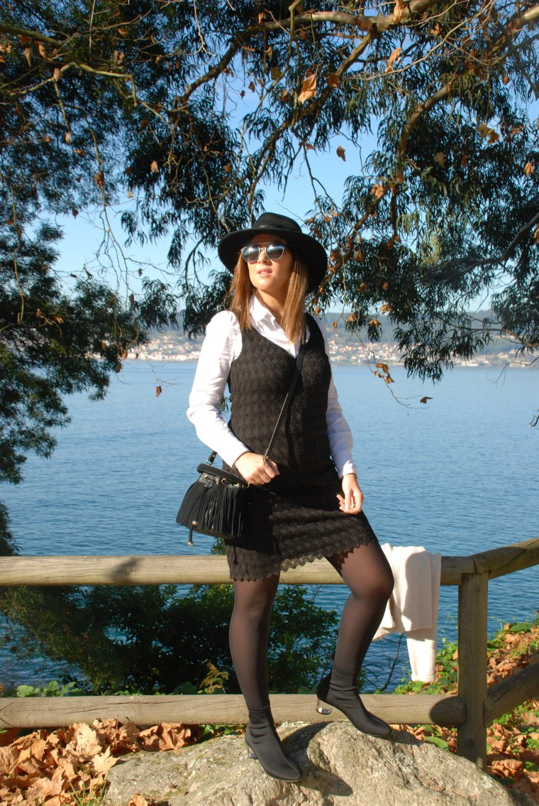 vestido-negro-botines-licra-blogger-mamisweet