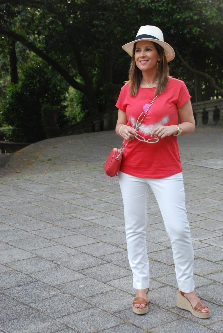 camiseta-arte-pintada-mano-unica-blogger-matildawish-mamisweet-coral